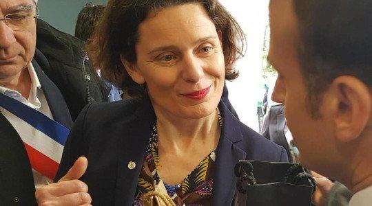 Un panier de Villaines-les-Rochers remis au Président de la République le 15 mars
